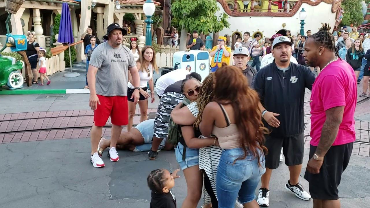 Disneyland Toontown Brawl