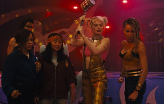 Harley Quinn enjoys a Joker-free life in the first Birds of Prey trailer